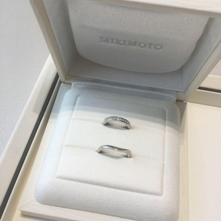 【MIKIMOTO(ミキモト)の口コミ】 かなり指が細いため、既製品でもサイズが直せることが前提の指輪選びでし…