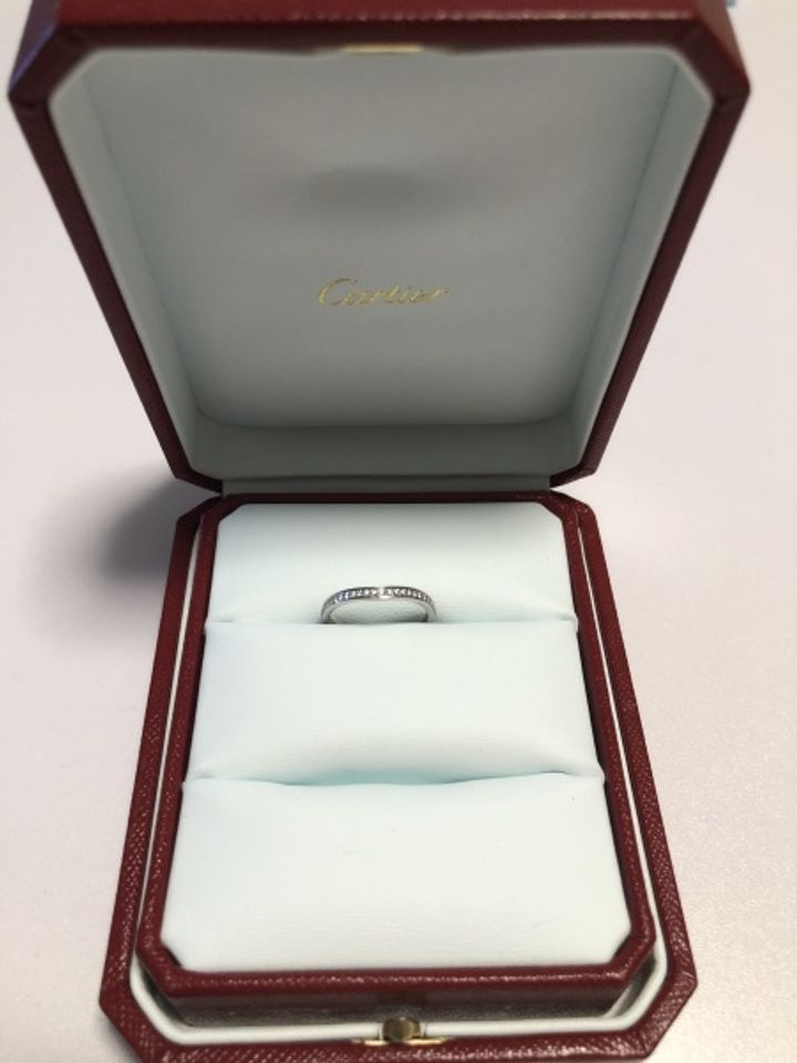 【カルティエ(Cartier)の口コミ】 ダイヤモンドがたくさんついているものに惹かれました。 女性側が良くても…