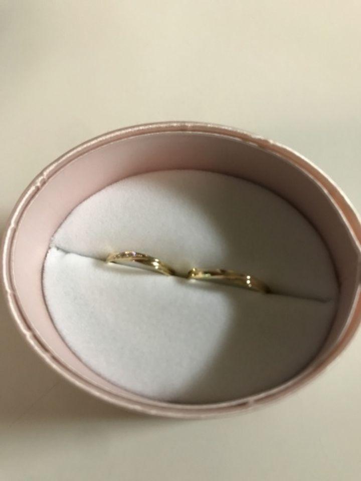 【insembre(インセンブレ)の口コミ】 18金の指輪でさり気ないものが良かったのでこちらを見せて貰ったら一目惚…