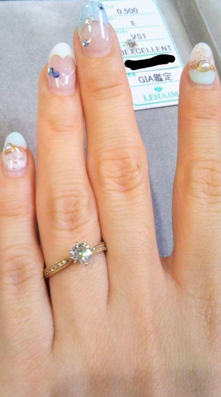 【LEHAIM(レハイム)の口コミ】 とにかく婚約指輪はピンクゴールドでさがしており、ダイヤの大きさや質もD…