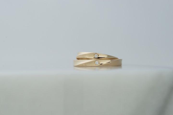【THREE TREES(スリーツリーズ)の口コミ】 インスタグラムでたまたま手作りの結婚指輪があることを知りました。ブラ…