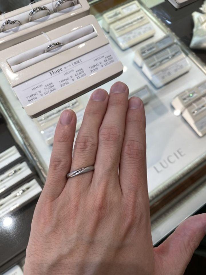 【LUCIE(ルシエ)の口コミ】 マット加工が全体的に施されているため、非常に落ち着いたイメージで、つ…