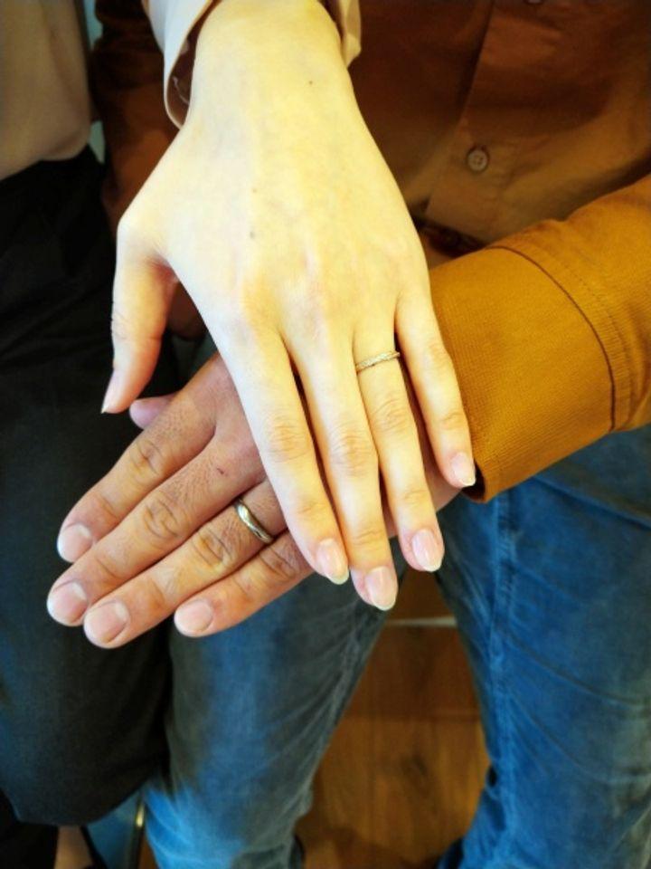 【Love Bond(ラブボンド)の口コミ】 デザインがペアらしいものが希望で、夫とお互いこのデザインならいいね!…