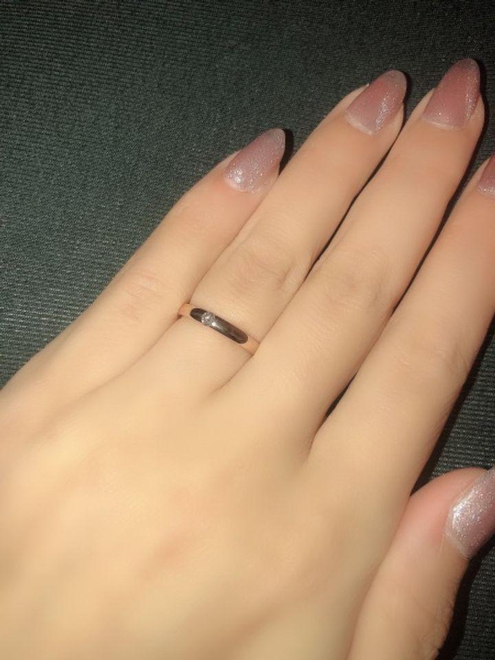 【COCKTAIL(カクテル)の口コミ】 もともとシンプルな一粒ダイヤのデザインを探していましたが、どれもダイ…