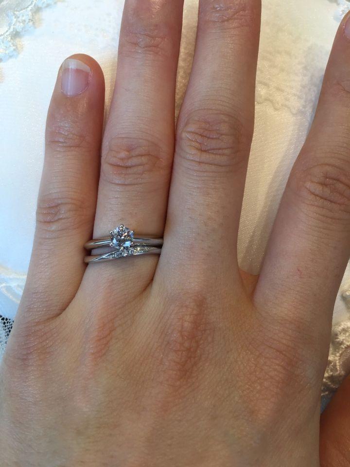【俄(にわか)の口コミ】 洗練された和の美しさを、指輪に落とし込んだデザインに惹かれました。指…