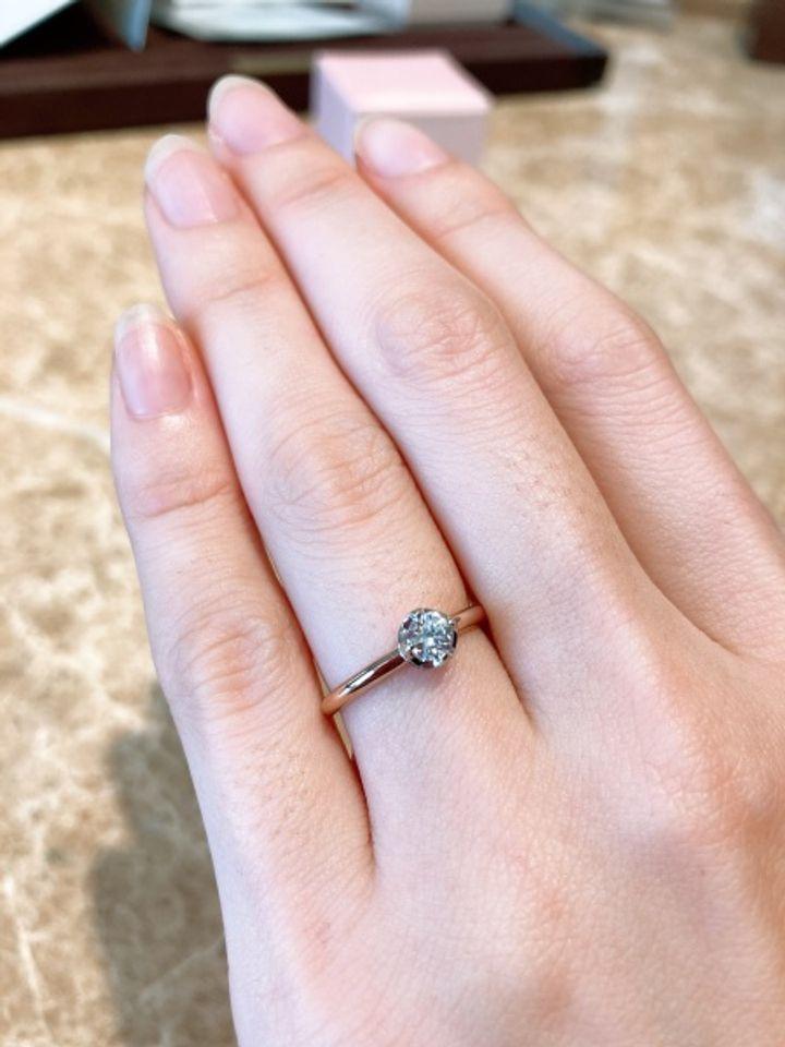 【Love Bond(ラブボンド)の口コミ】 デザインが好みでした。 もともと結婚指輪とセットでずっとつけていけるよ…