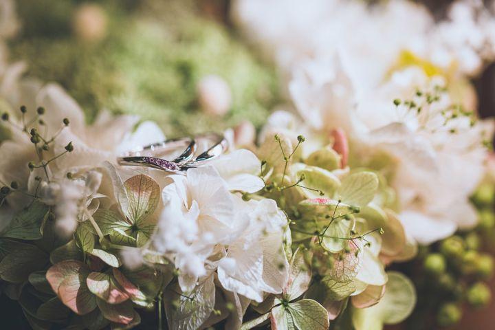【俄(にわか)の口コミ】 【初桜】は、4つの素材から選択でき、石もホワイトダイヤモンドやピンク…