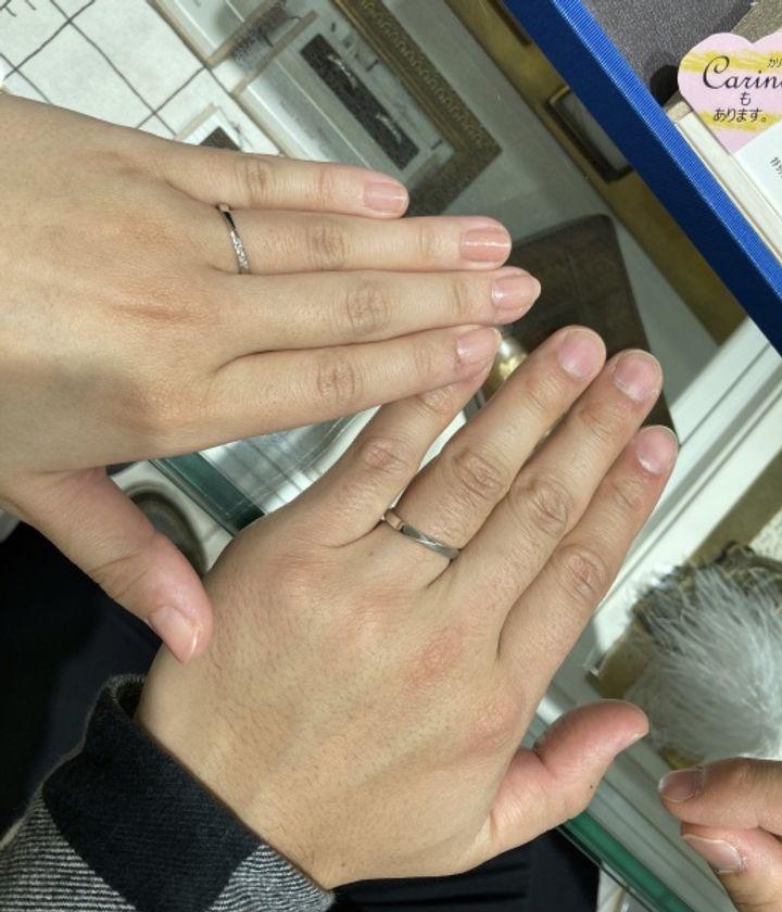 【宝石の玉屋の口コミ】 オリジナルの指輪なので2本でも価格がお安いです。シンプルながらもダイヤ…