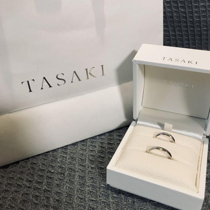 【TASAKI(タサキ)の口コミ】 国内ブランドのお店をいくつか見ました。いろんなデザインを見た中で、3粒…