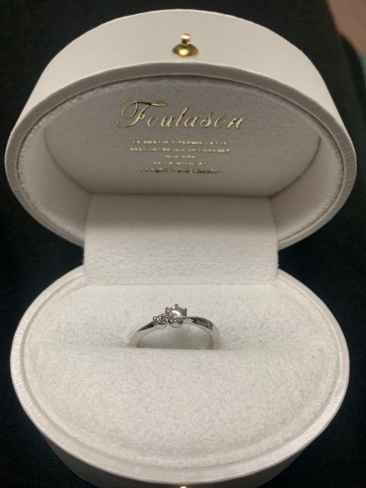 【Foulason(フレゾン)の口コミ】 デザインも価格も納得でした!ダイヤの価値の説明から、デザイン、裏石の…