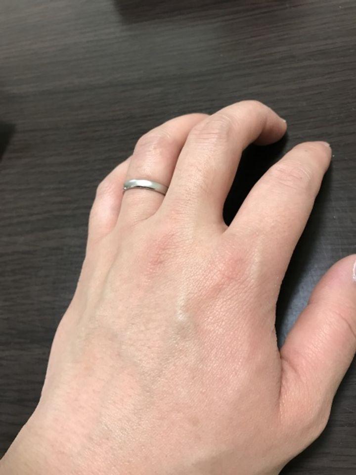 【PILOT BRIDAL(パイロットブライダル)の口コミ】 店頭での説明で、ペンチで潰す実験?もやりましたが、他の指輪とくらべて…