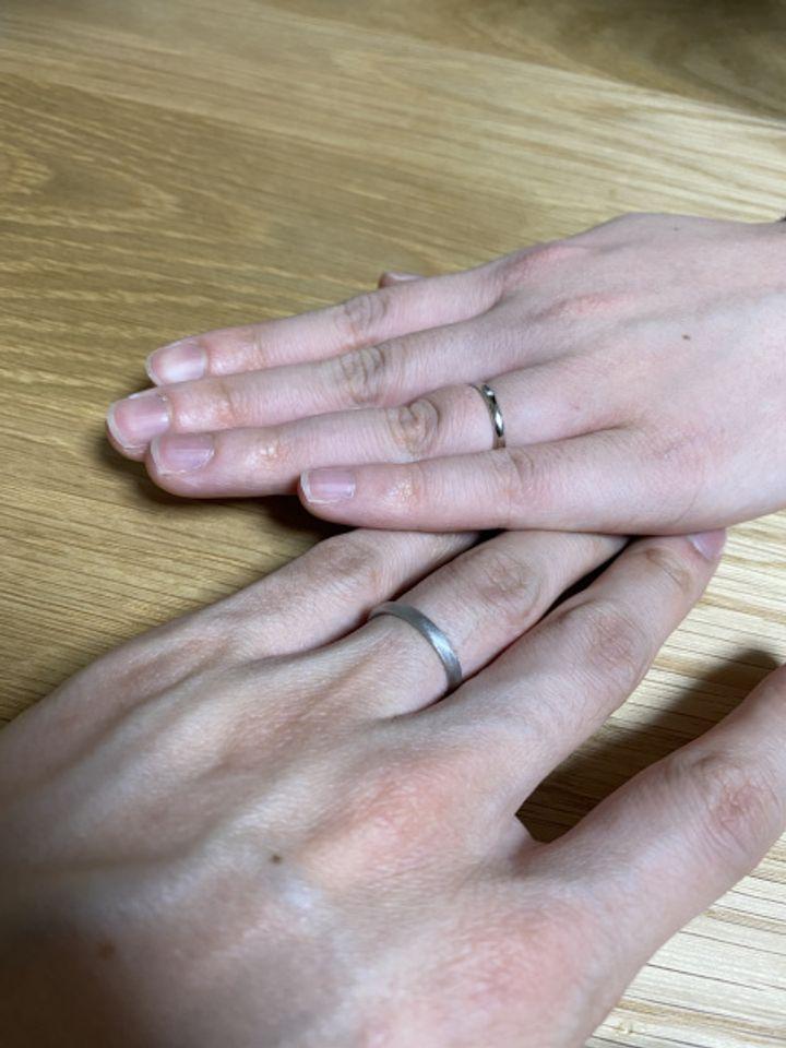 【BAUM(バーム)の口コミ】 たくさんのデザインの指輪がありましたが、僕たちはシンプルで人と被らな…