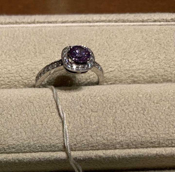 【ギンザタナカブライダル(GINZA TANAKA BRIDAL)の口コミ】 ダイヤモンドプロポーズをされたので、ダイヤモンドの持ち込みで作れるお…