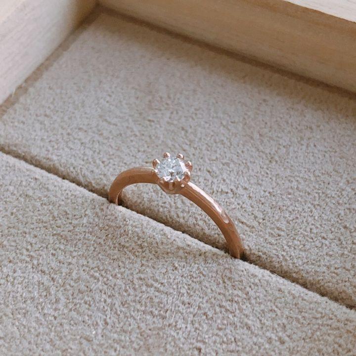 【YUKA HOJO jewelryの口コミ】 ベースの槌目がアクセントになりちょっとアンティーク感のある質感がとて…