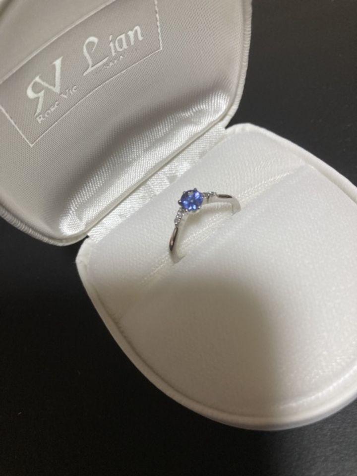 【THE KISS & RoseMarry(ザ キッス&ローズマリー)の口コミ】 プロポーズの時に購入しました。 元々、気になっている指輪がありました。…