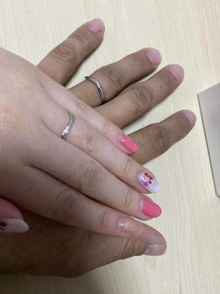 【COCKTAIL(カクテル)の口コミ】 婚約者の指が細いので主張し過ぎない細身の指輪を探している際に店員さん…