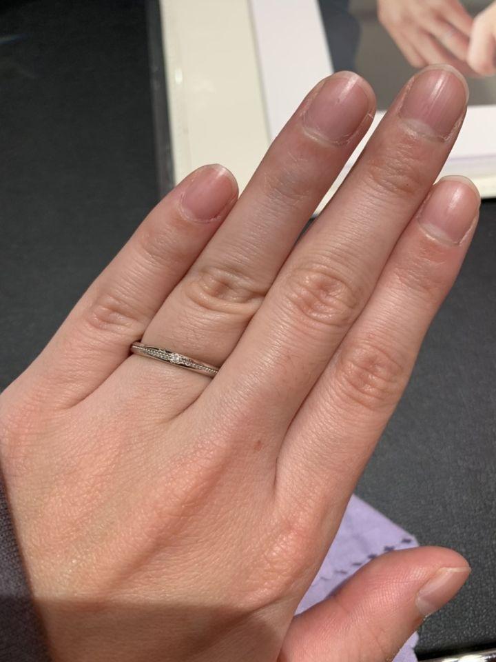 【TAKEUCHI(宝石・時計のタケウチ)の口コミ】 ミレ打ち入り2.2ミリの指輪です。細めの指輪を探していました。2.2ミリは…