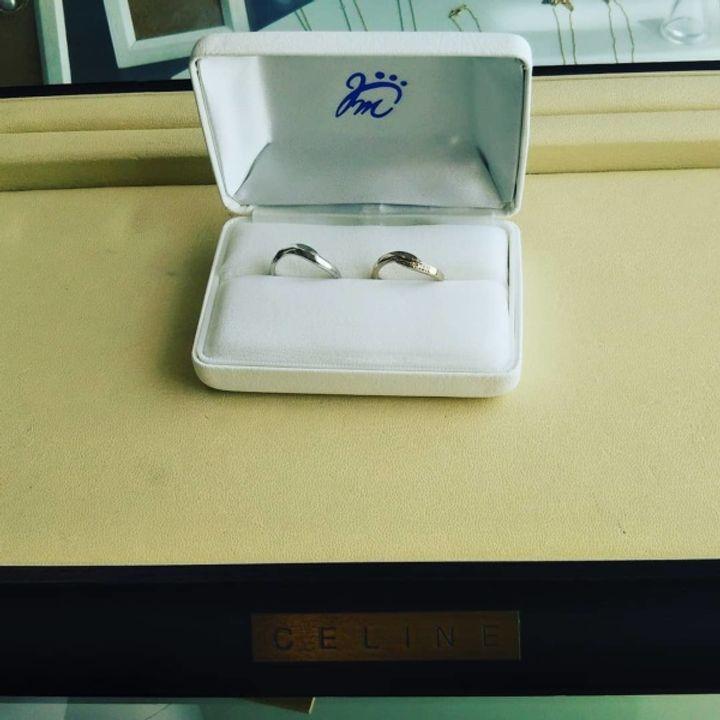 【ジュエリームナカタ(Jewelry MUNAKATA)の口コミ】 旦那はプラチナで、自分はゴールドにしました。 種類はクロス型でダイヤ0.…