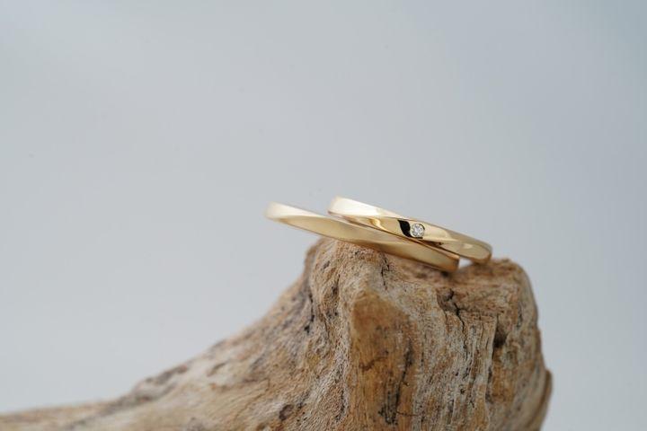 【THREE TREES(スリーツリーズ)の口コミ】 結婚指輪をどこで購入するか迷っている時に知り合いにこのお店を教えても…