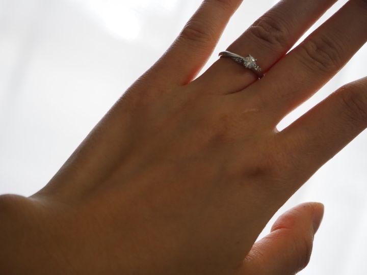 【festaria bijou SOPHIA(フェスタリア ビジュソフィア)の口コミ】 さりげないウェーブがおしゃれです。 ダイヤモンドを引き立ててくれるデザ…