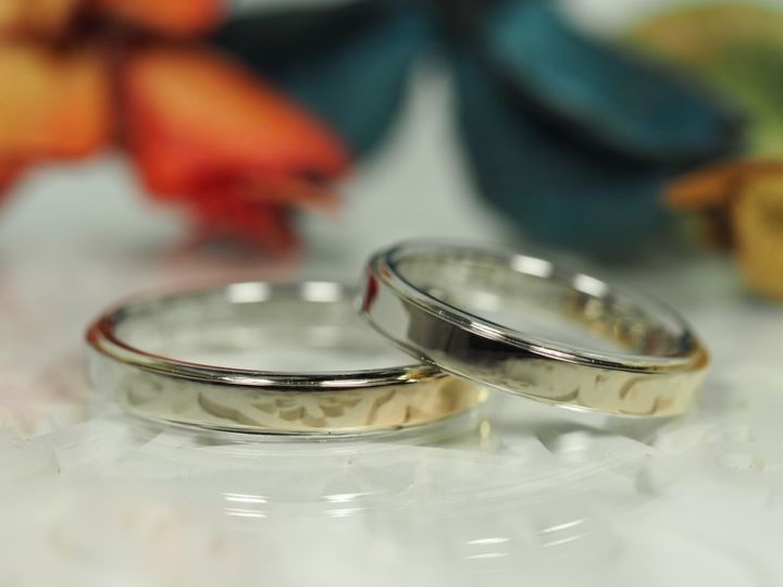 【AUROA(アウロア)の口コミ】 世界にこの店だけの技術だったので、世界に一つだけの自慢できる結婚指輪…