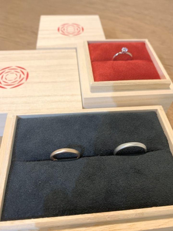 【出雲結(いずもゆい)の口コミ】 SNSでいい指輪はないかと探していたところ、アツタさんに辿り着きました。…