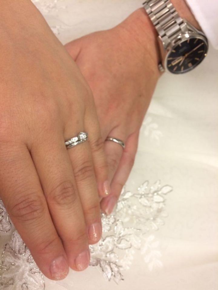 【ティファニー(Tiffany & Co.)の口コミ】 婚約指輪がティファニーだったため、結婚指輪も同じブランドでそろえるこ…