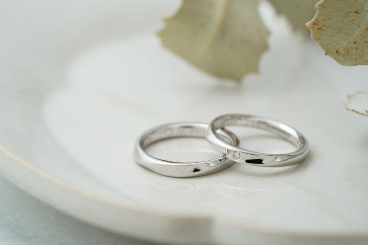【THREE TREES(スリーツリーズ)の口コミ】 あらかじめ決めていた作りたい指輪のデザインをオーナーさんに伝えて作っ…