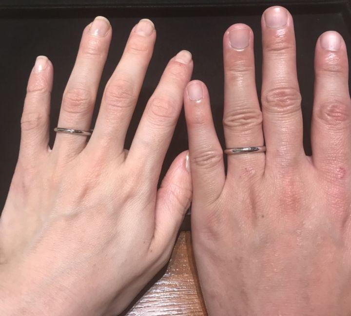 【ティファニー(Tiffany & Co.)の口コミ】 シンプルなストレートリングをお探しの方におすすめします。ダイヤがある…