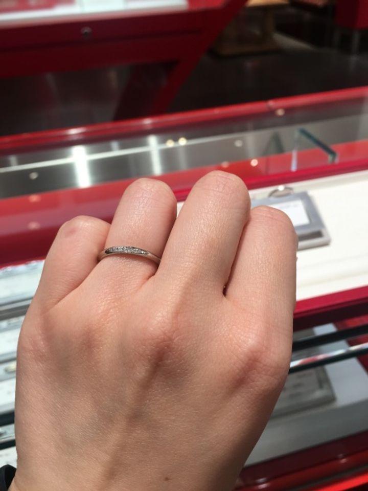 【AFFLUX(アフラックス)の口コミ】 指輪全てにリングネームがあり、その言葉や意味から選ぶも良し、選んだ指…
