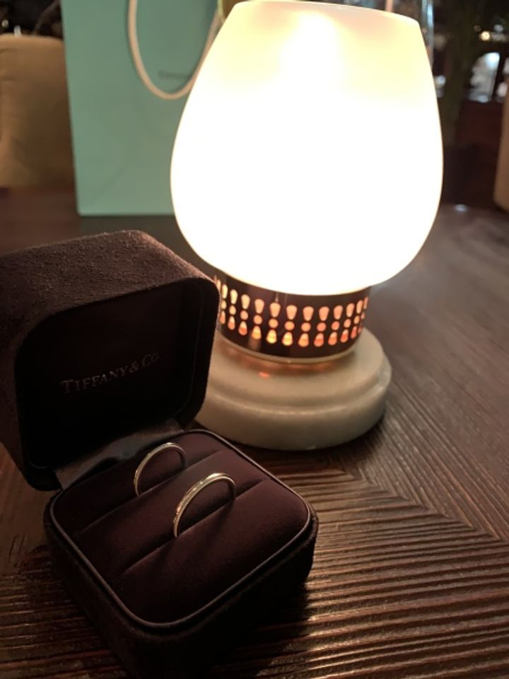 【ティファニー(Tiffany & Co.)の口コミ】 ティファニーでは定番のミルグレインというデザインの結婚指輪を購入しま…