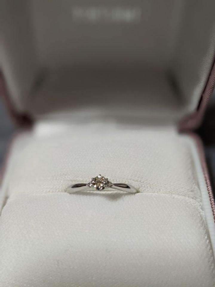 【ジュエリーツツミ(JEWELRY TSUTSUMI)の口コミ】 旦那さんからプロポーズの時にサプライズでプレゼントしていただけました…