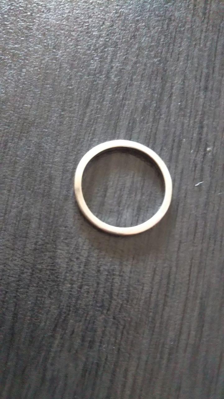 【カルティエ(Cartier)の口コミ】 シンプルですが、少し曲線がかっていて指がきれいに見えるタイプです。指…