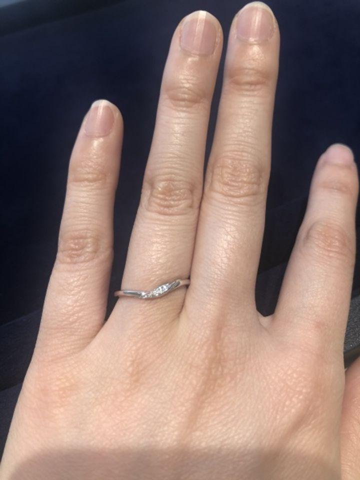 【Princess Bijou(プリンセス・ビジュー)の口コミ】 指が細かったので、馴染みやすい細い指輪を探していました。ダイヤモンド…