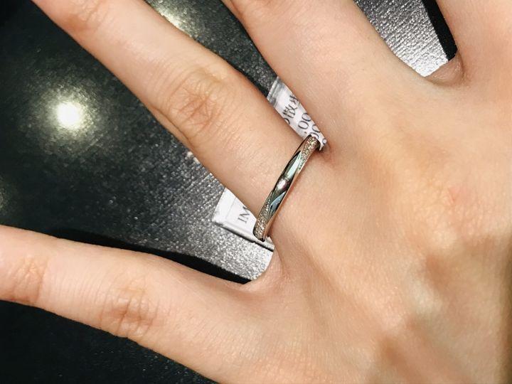 【彩乃瑞(IRONOHA)の口コミ】 両サイドにダイヤが付いています。サイドから流れるように付いており、ス…