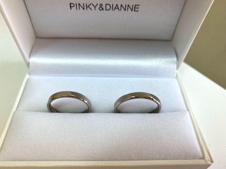 【Pinky&Dianne(ピンキー&ダイアン)の口コミ】 27年間シンプルなプラチナの平打ち指輪をしていたので、丸いフォルムより…