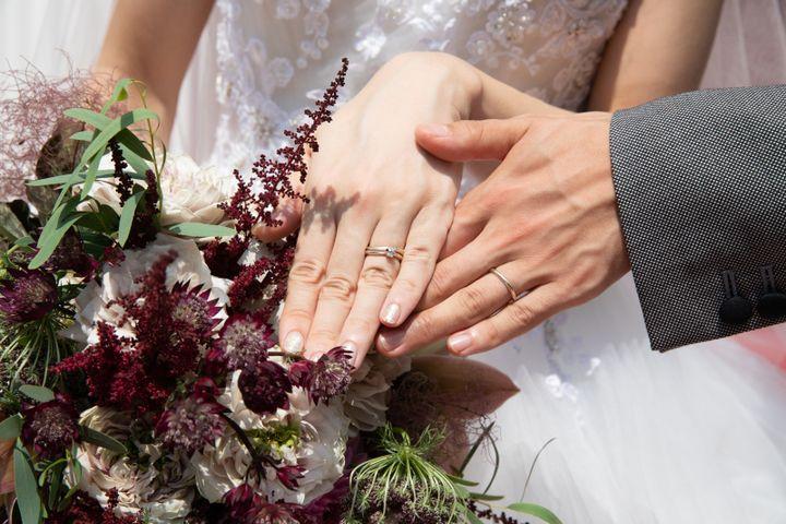 【杢目金屋(もくめがねや)の口コミ】 婚約指輪もこちらの杢目金屋さんでオーダーした 素敵な指輪を頂いたので …