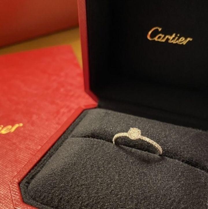 【カルティエ(Cartier)の口コミ】 いわゆる一石の王道デザインか、普段使いしやすいエタニティか迷っていま…
