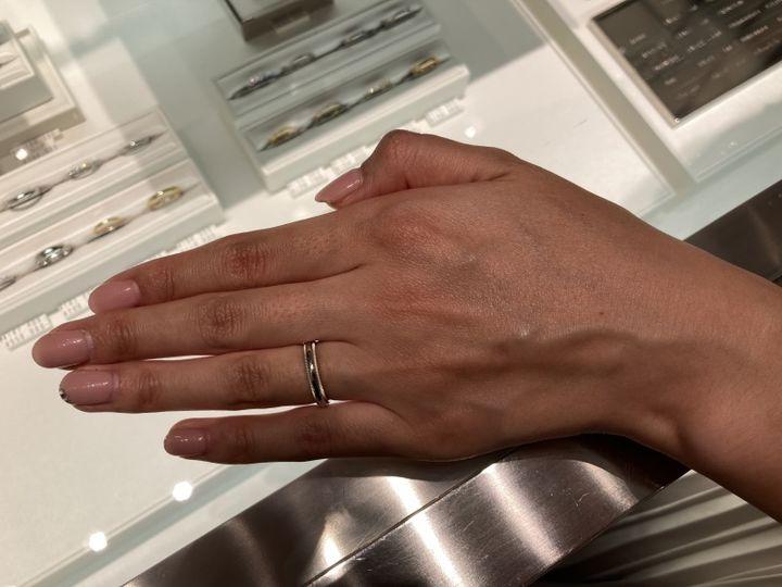 【ティファニー(Tiffany & Co.)の口コミ】 元々はミル打ちの結婚指輪を希望していて、いろんなブランドさんを見に行…
