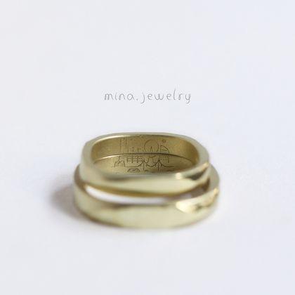 """【mina.jewelry(ミナジュエリー)】""""みなとみらい""""が刻まれたマリッジリング"""