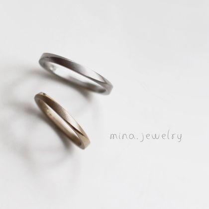【mina.jewelry(ミナジュエリー)】マルシカクの色違いマリッジリング