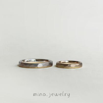 【mina.jewelry(ミナジュエリー)】それぞれの好きに加えたお揃いのマリッジリング