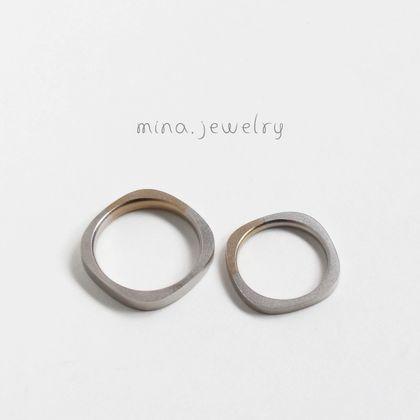 【mina.jewelry(ミナジュエリー)】外と内で違うカタチのマリッジリング