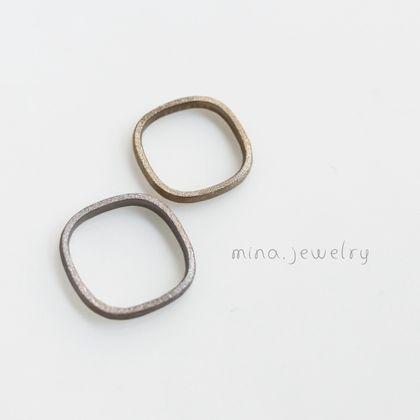 【mina.jewelry(ミナジュエリー)】マルシカクのマリッジリング