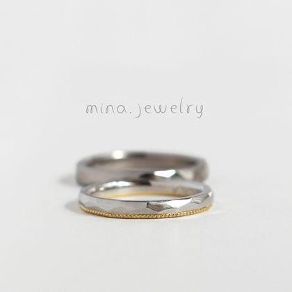【mina.jewelry(ミナジュエリー)】片側にミルグレインを入れたマリッジリング