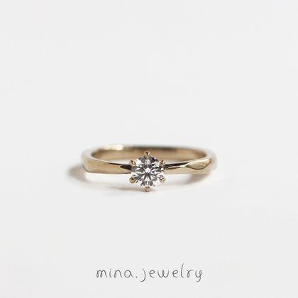 【mina.jewelry(ミナジュエリー)】ブリリアントカットのエンゲージリング