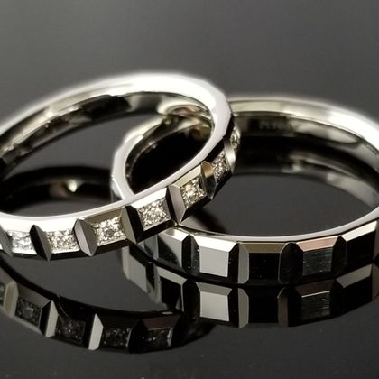 【TANZO(タンゾウ)】立体モチーフご結婚指輪