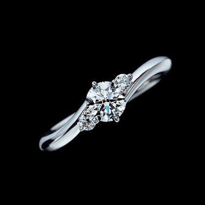 【エクセルコダイヤモンド(EXELCO DIAMOND)】《Clair de Lune~クレア ド ルーン~》