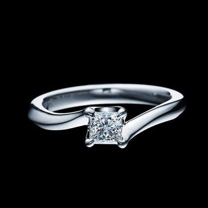 【エクセルコダイヤモンド(EXELCO DIAMOND)】《Engagement Ring 440》