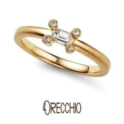 【ORECCHIO(オレッキオ)】<pipi~ピピ>PE-1405 ダイヤを留める爪に4ピースのダイヤを乗せ大人可愛い遊び心ある婚約指輪